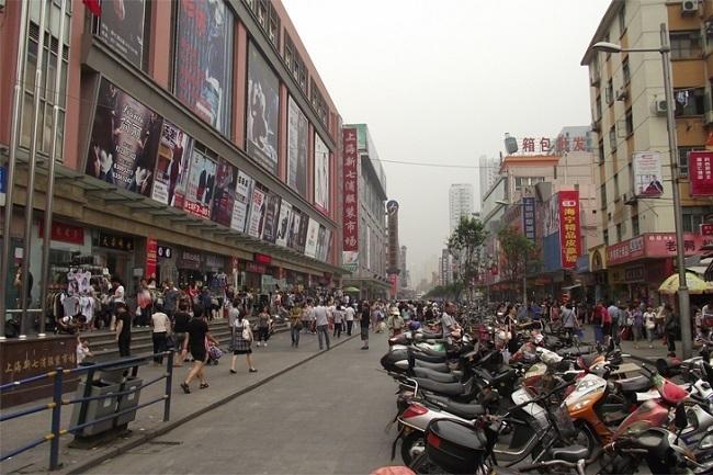 上海丽影服装批发市场