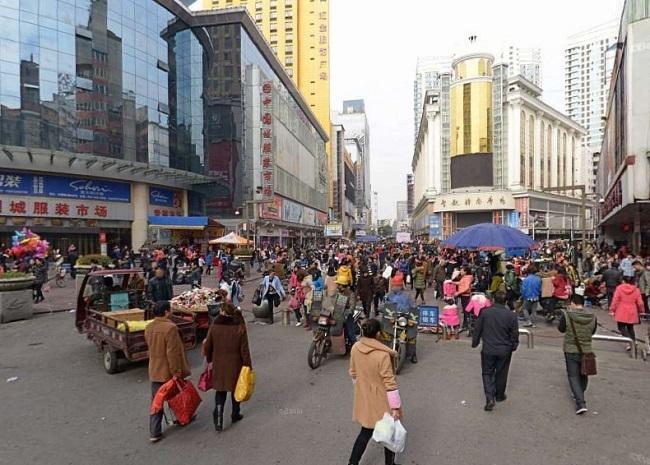 株洲汇金国际服装广场