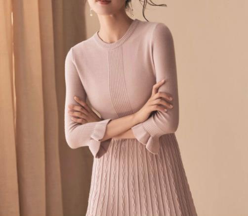 2018秋冬新款羊毛大衣:羊毛大衣浓浓的女人味