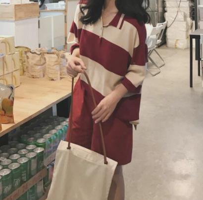 2018秋季女生时尚穿衣搭配:简单时尚清凉显身材
