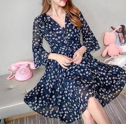 2018秋季一款连衣裙甜美而又浪漫:温柔风不失优雅