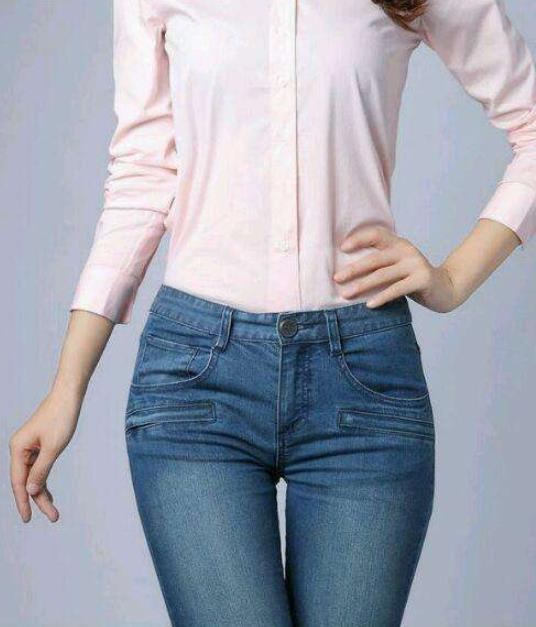 牛仔裤时髦搭配:香甜优雅的美就是这么简单(图)