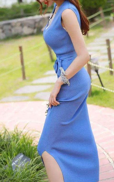 时尚修身又显气质的包臀裙:有品位女人都这样穿