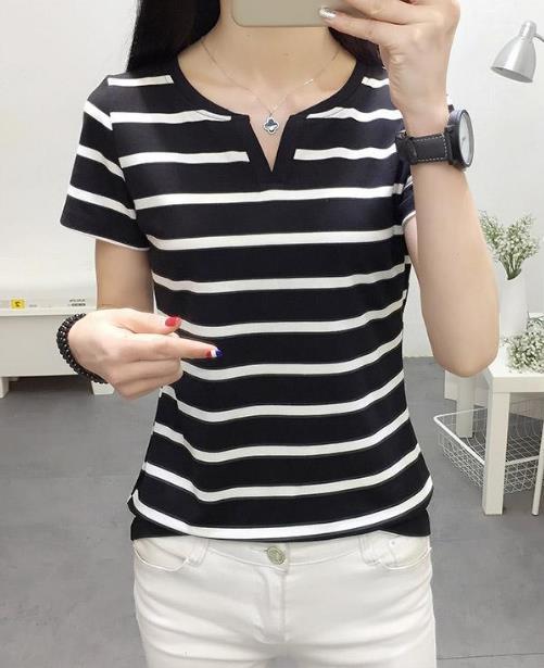 清新风短袖t恤搭配吸睛:给你18岁青春少女范