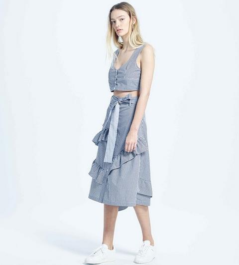用彰显大长腿的系带连衣裙来刷新夏日感(图)