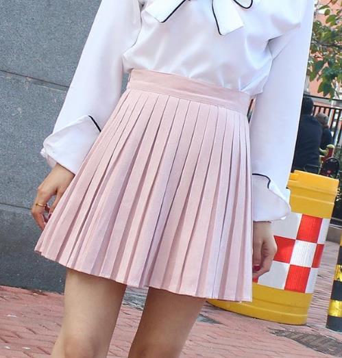 想要大长腿 就要穿这样性感的短裙(图)