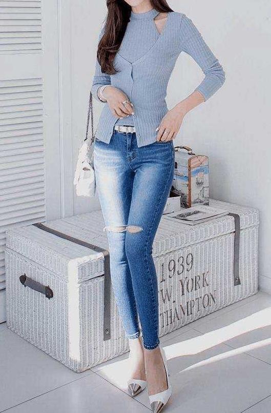 简单紧身裤给你美丽加分:身材完美体现好看又大方