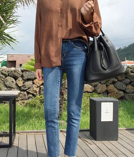 这样显瘦的牛仔裤 来一打都不嫌多(图)