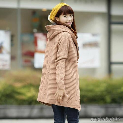 连帽加绒针织外套 (5)