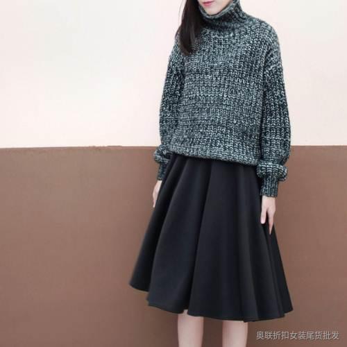 毛衣+长裙