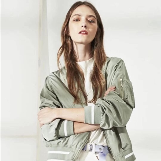 品牌女装尾货货源 尤西子品牌服装折扣批发
