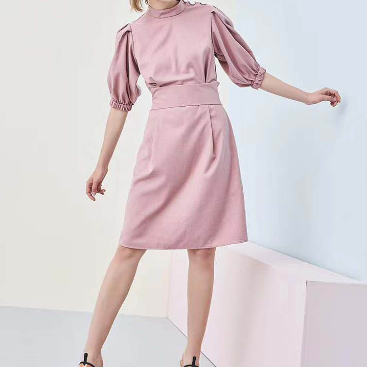 夏季女装新款连衣裙 衣全球品牌 低价羽绒棉衣批发