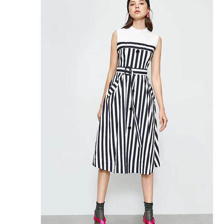 品牌特价羽绒服 衣全球品牌 品牌折扣尾货女装
